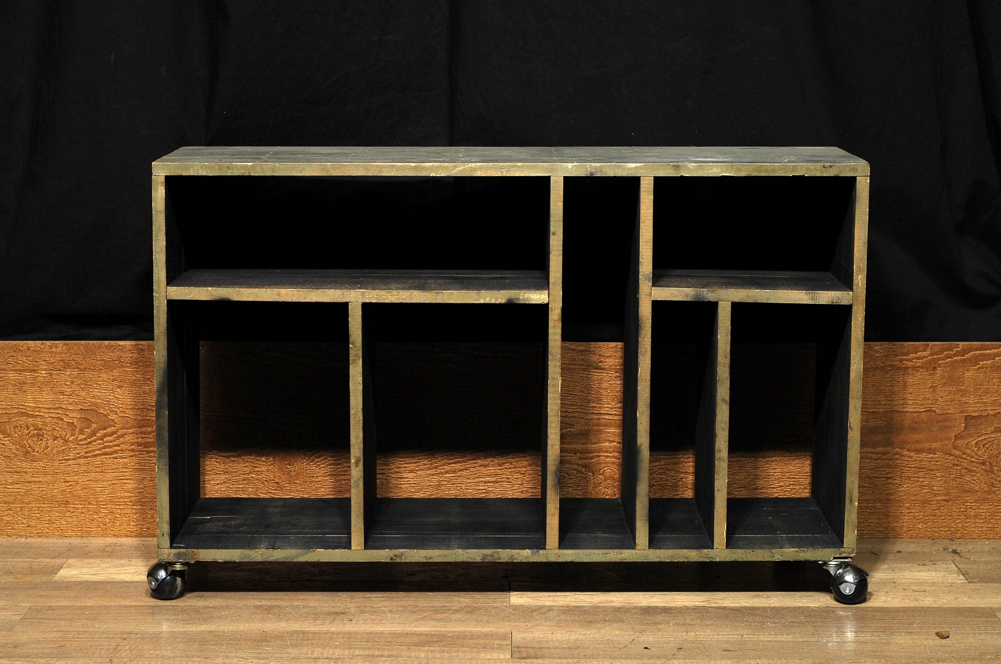meuble tele sur roulette tv stand 2 chance deco. Black Bedroom Furniture Sets. Home Design Ideas