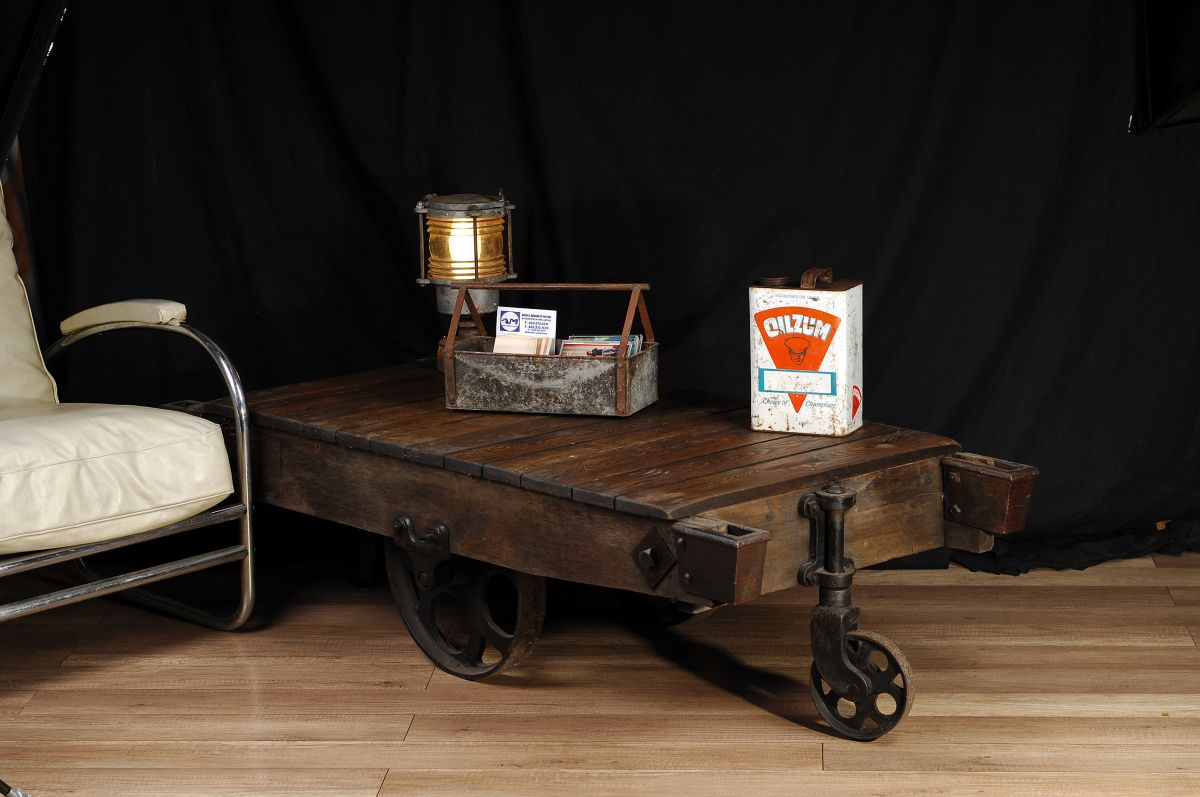 chariot industriel antique industrial trolley table 2 chance deco. Black Bedroom Furniture Sets. Home Design Ideas