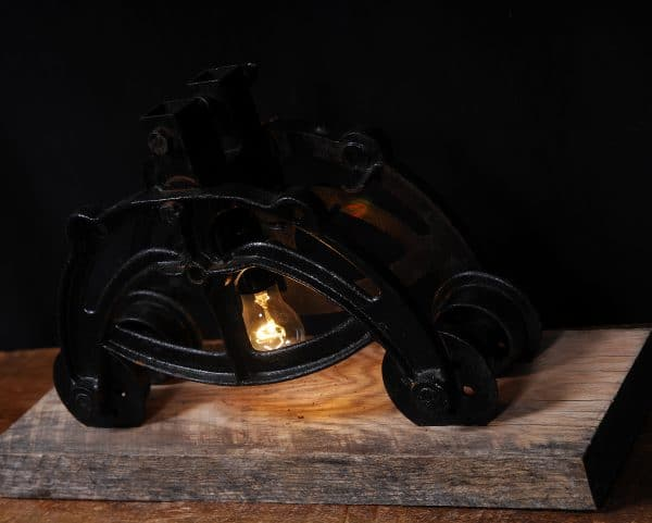 cast iron inustrial lamp
