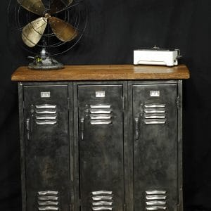 meuble industriel antique casier vestiaire metal bois industrial locker steel and reclaim wood