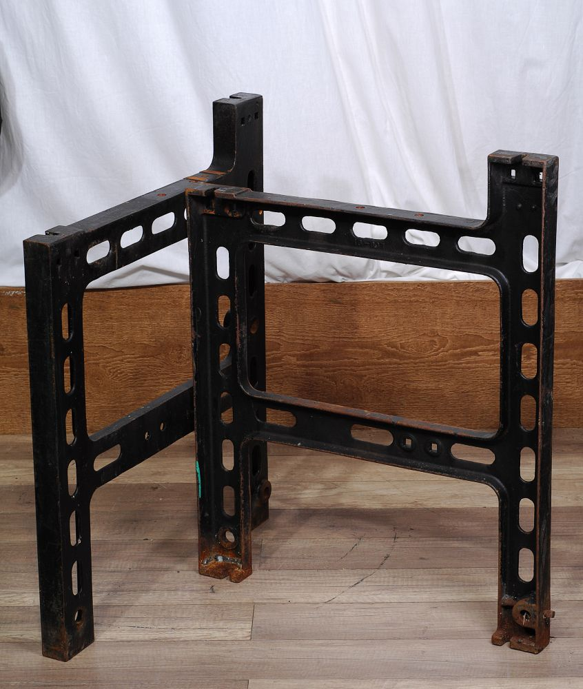 pied de fonte industriel cast iron legs 2 chance deco. Black Bedroom Furniture Sets. Home Design Ideas