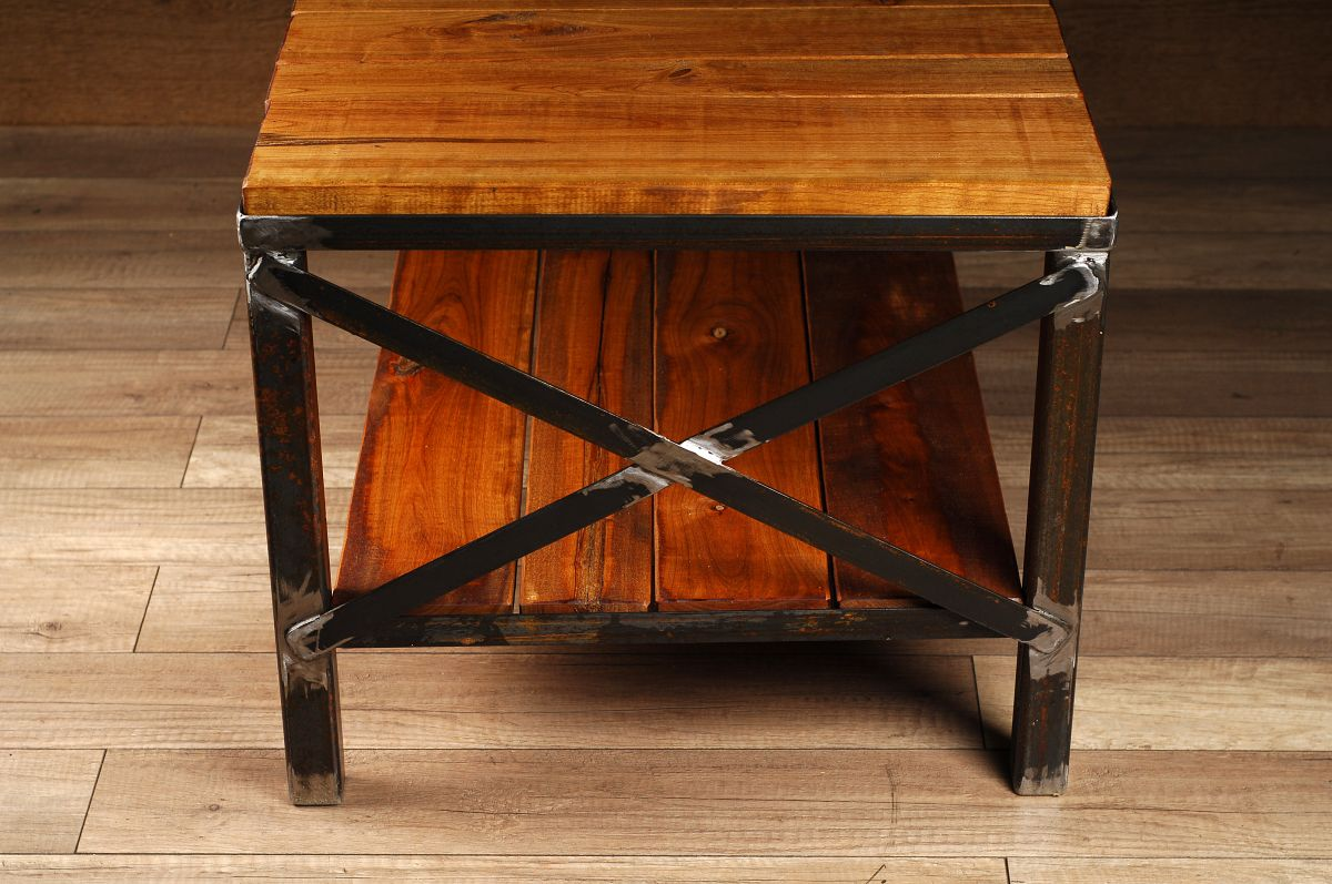 meuble industriel table de salon ou meuble tele/industrial furniture coffee  table or tv stand